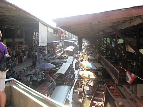 48 - Floating Markets